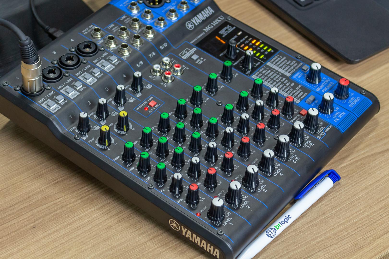 As melhores mesas de som para estúdios de web rádios
