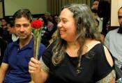 Uma rosa para uma flor, todas as mães merecem.