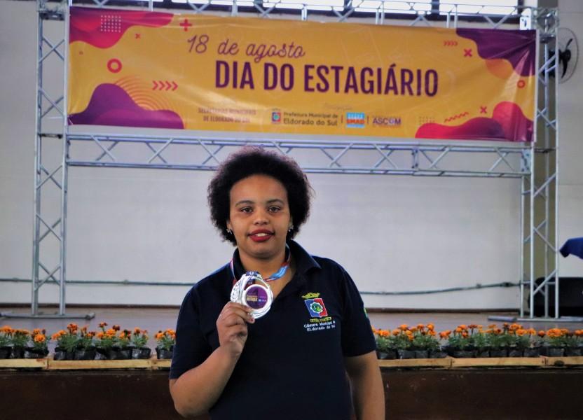 Daniela Quevedo Estagiária Destaque da Câmara