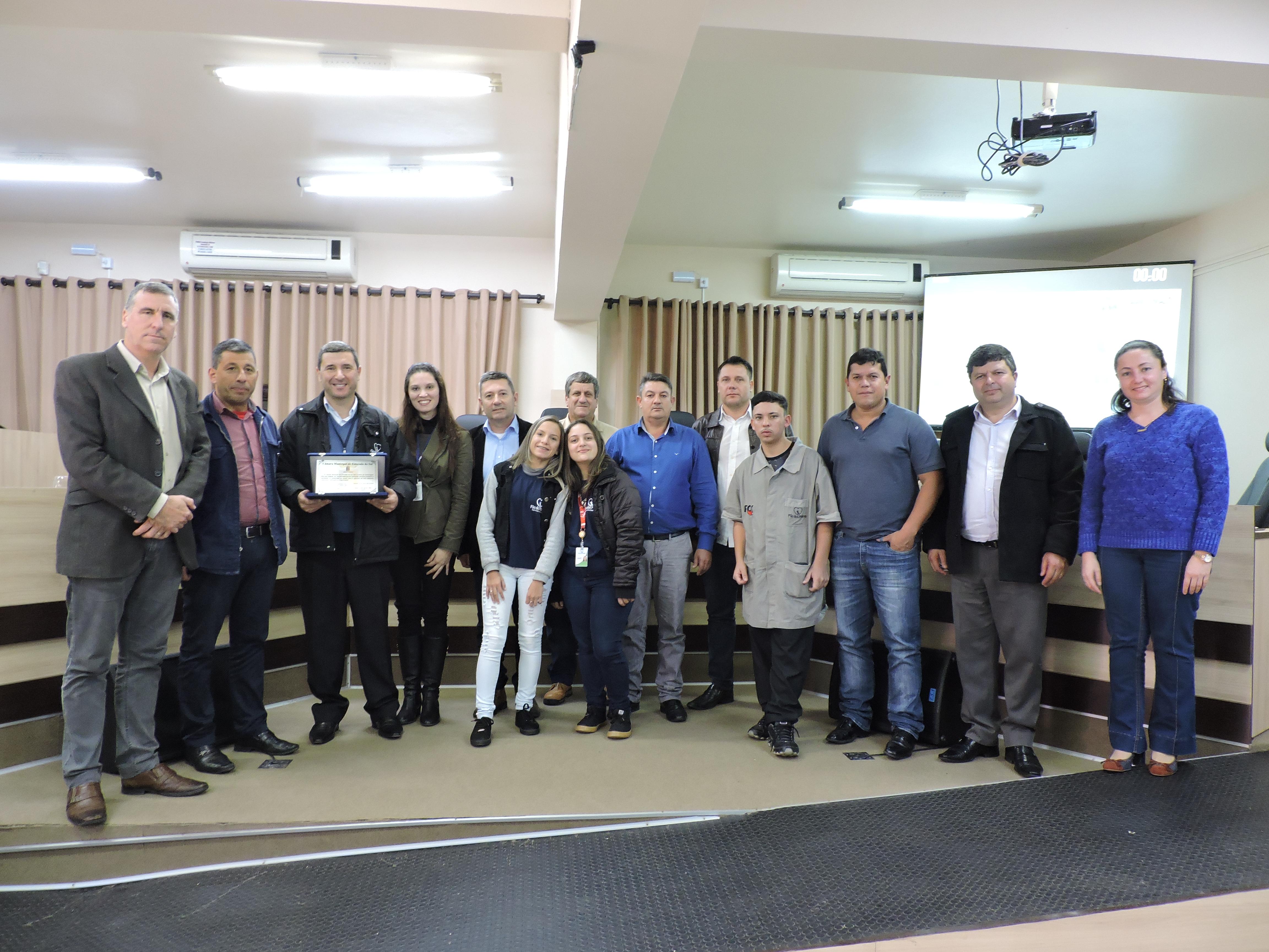 Legislativo faz entrega de Moção Honrosa a Fundação O Pão dos Pobres