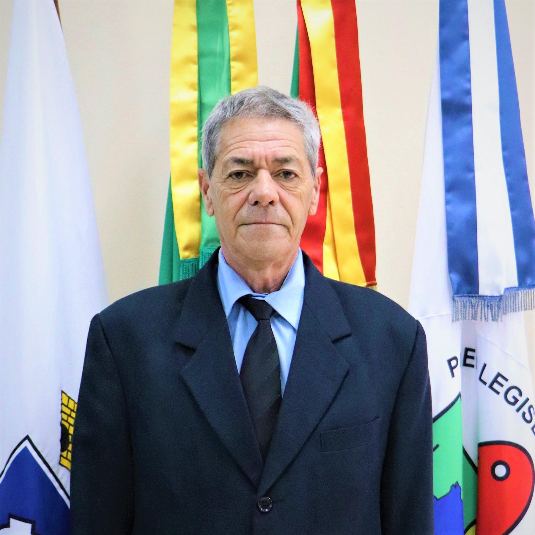 Ver. Valdomiro Chaves (PDT)
