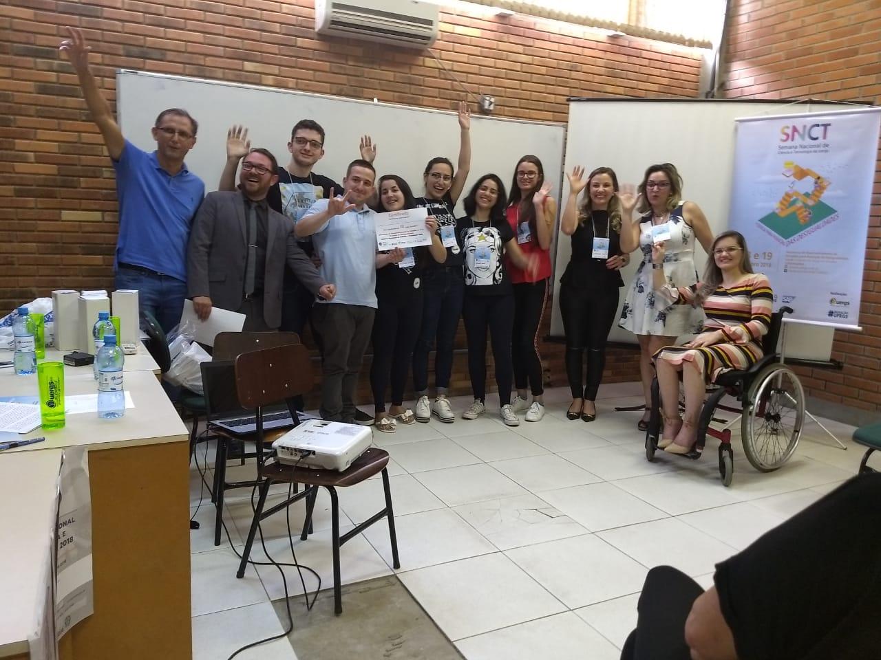 Vereadora Fernanda Garcia participa de banca avaliadora em evento da Semana Nacional de Ciência e Tecnologia