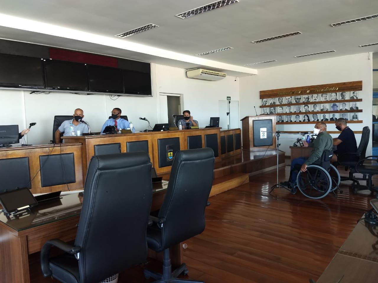 Reunião com Representantes da CEEE - Vereadores cobram respostas de requerimentos e indicações