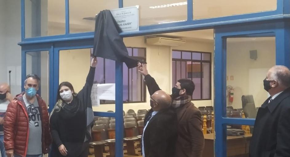Plenário Vereador Jonas Xavier - Ato de Descerramento de placa ocorreu na terça, 25