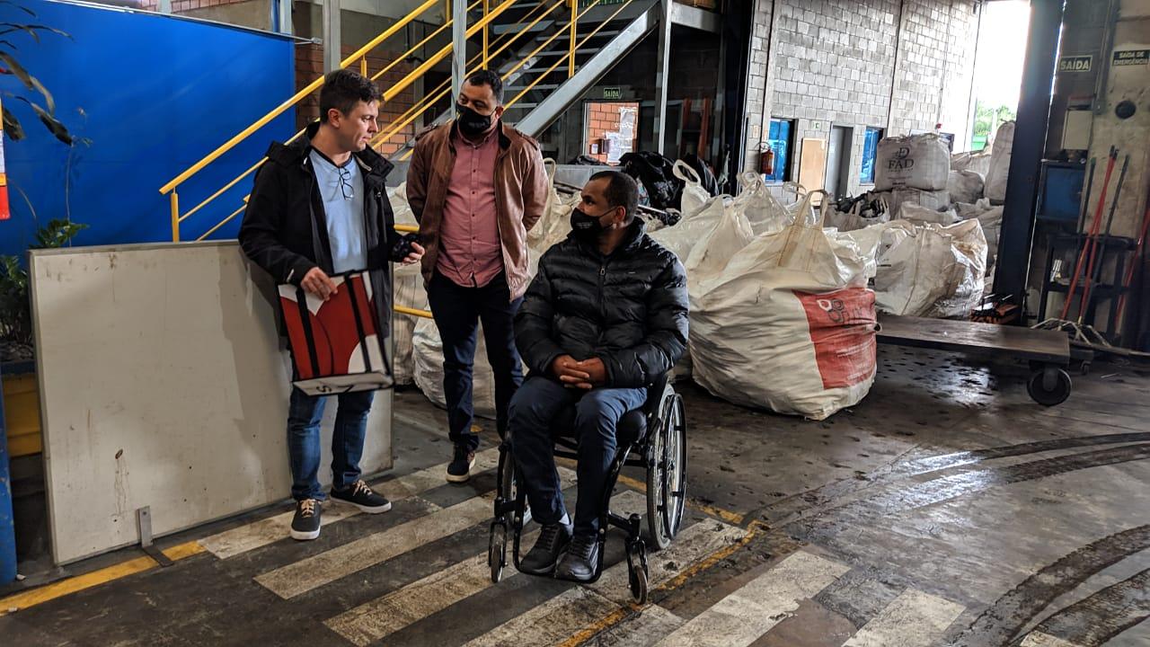 Projeto Ciclo - Vereador Marcos SJ visita Grupo Recicla em Cachoeirinha