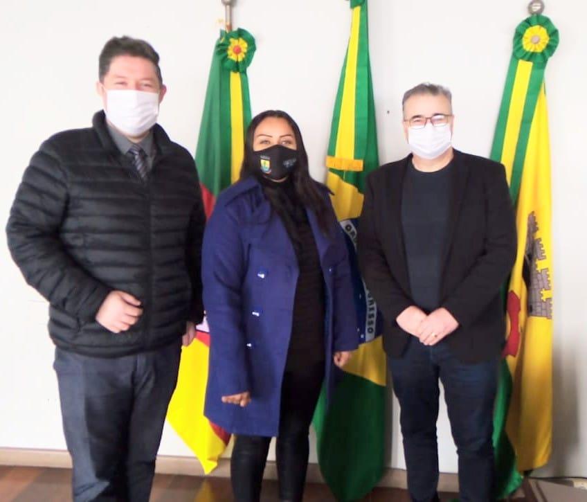 Vereadora Letícia Maidana recebe o Secretário de Desenvolvimento Econômico de Erechim
