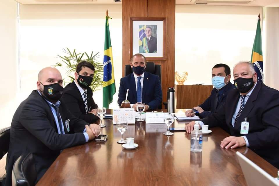 Recursos para Guaíba – Vereadores Ernani Chacrinha e Miguel Crizel acompanham prefeito Marcelo Maranata em Brasília