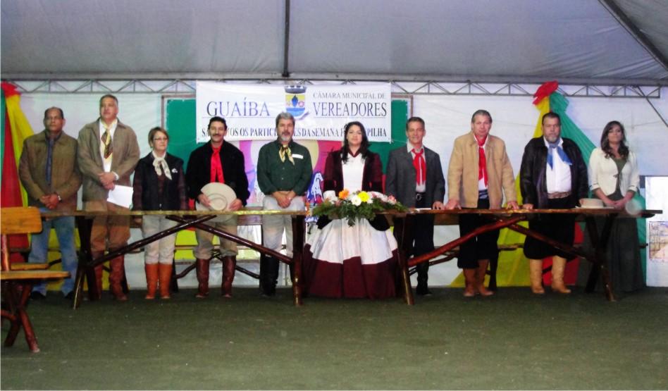 Entidades e personalidades tradicionalistas recebem homenagem do Legislativo