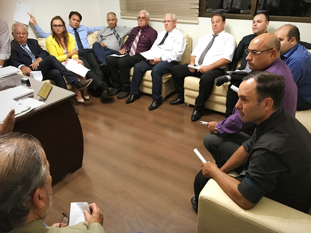 Novo sorteio de parlamentares é realizado para composição da Comissão Processante da Vereadora Luciana Kubiaki