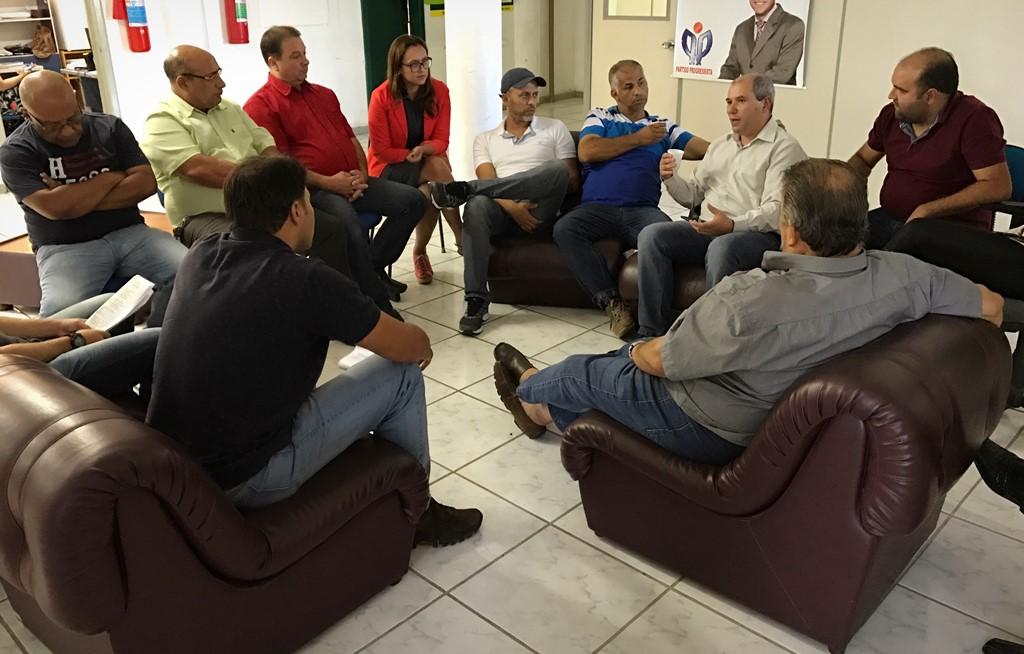 Vereadores realizam reunião com Secretário de Saúde