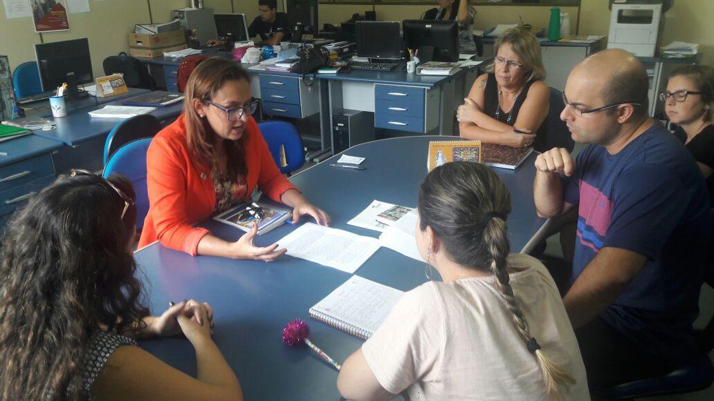 Vereadora Prof.ª Claudinha Jardim sugere atividades diferenciadas na Educação