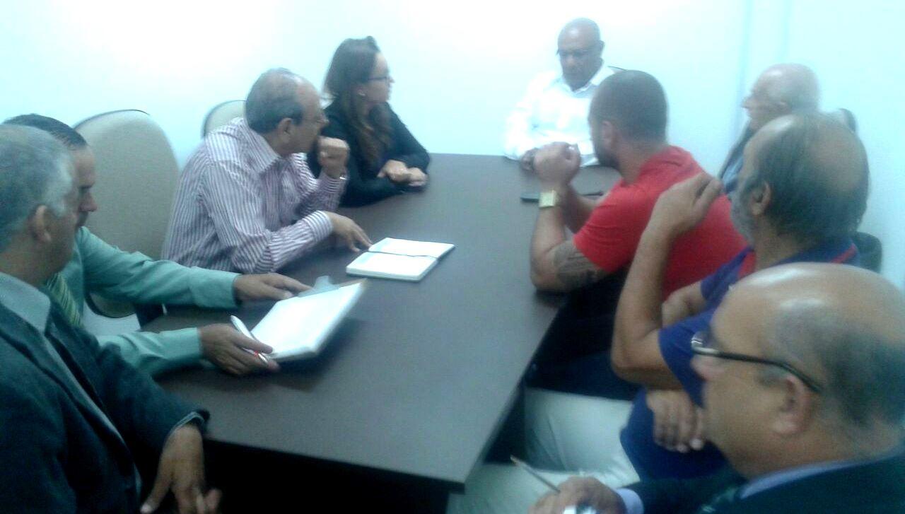 Reunião da Comissão Especial da APAE