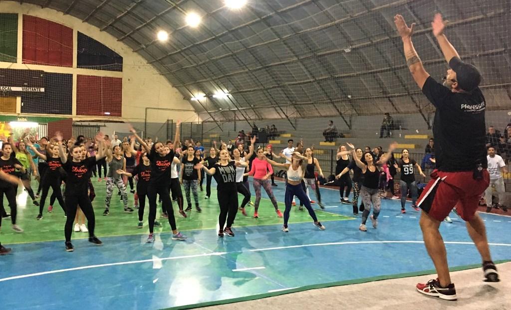 Vereador Everton da Academia apresenta aulão de ritmos no IV Workshop de Dança & Fitness
