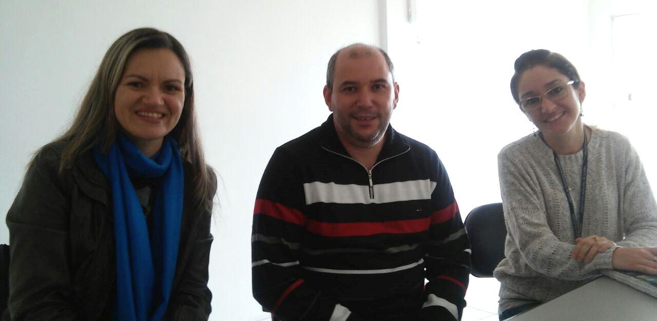 """Projeto """"Farmacinha"""" é apresentado pela Vereadora Fernanda Garcia ao Secretário de Saúde de Guaíba"""