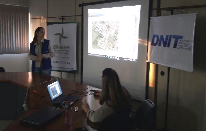 Professora Claudinha Jardim acompanha trabalho de educação ambiental das obras de duplicação da BR-116