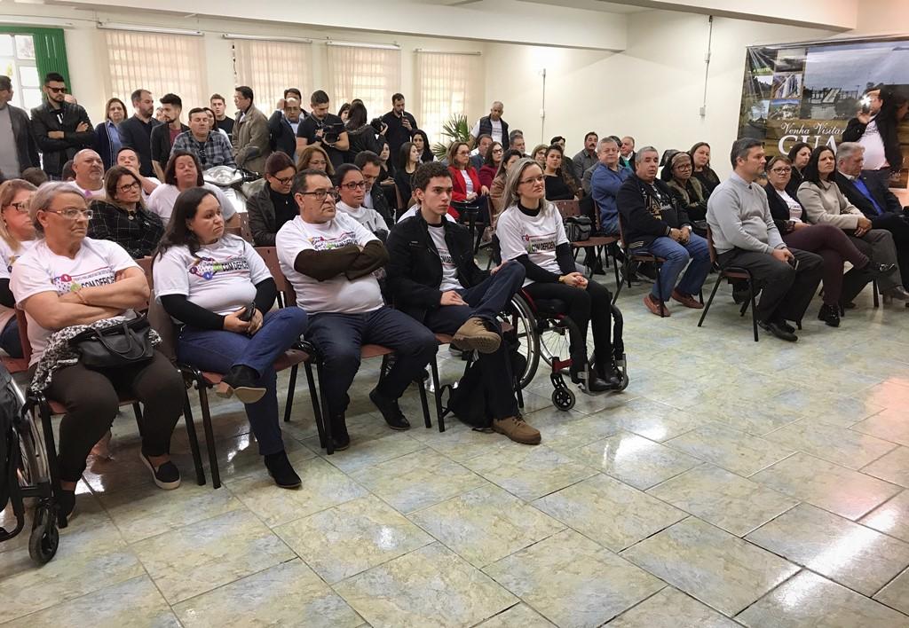 Vereadora Fernanda Garcia comemora o lançamento da I Semana Municipal da Pessoa com Deficiência