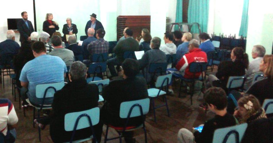 Comunidade se reúne para dialogar sobre o Plano Diretor no Bairro Alegria