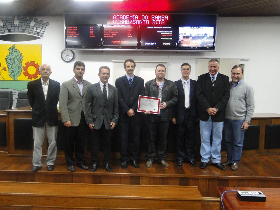 Academia de Samba Cohab/Santa Rita recebe homenagem