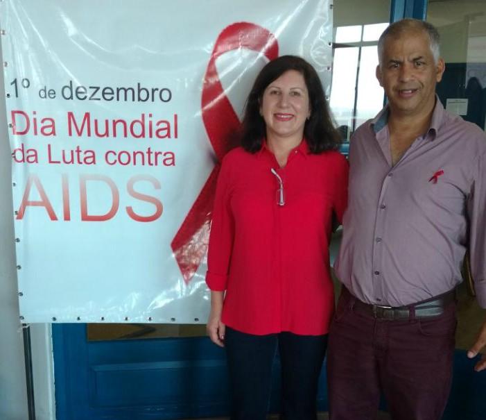 Vereador Manoel Eletricista participa de encerramento da campanha Dezembro Vermelho