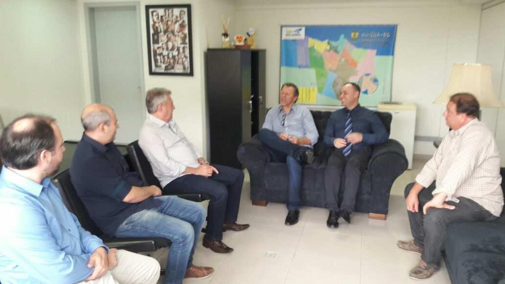 Parlamentares do PP reúnem-se com prefeito e secretários de Guaíba