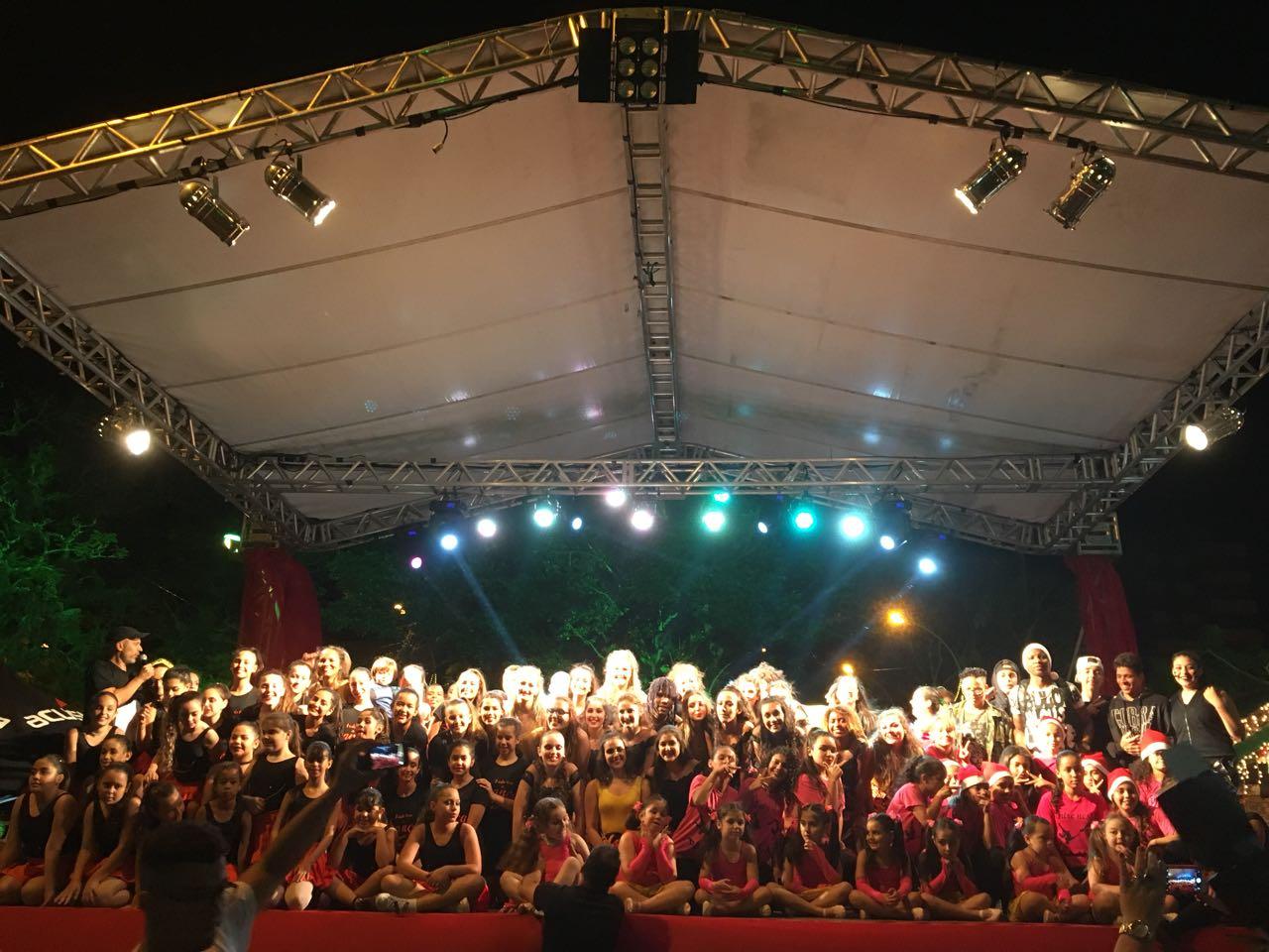 Festival de Dança atrai grande público para Praça da Bandeira