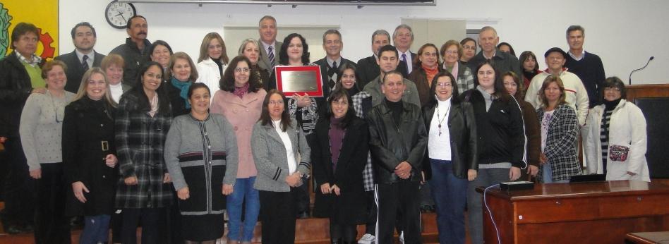 Escola Nestor de Moura Jardim é homenageada