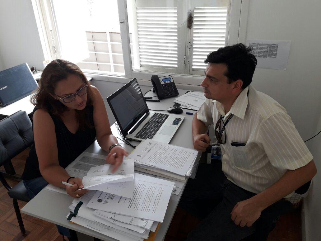 Vereadora Claudinha Jardim reúne-se com diretor de Saúde de Guaíba