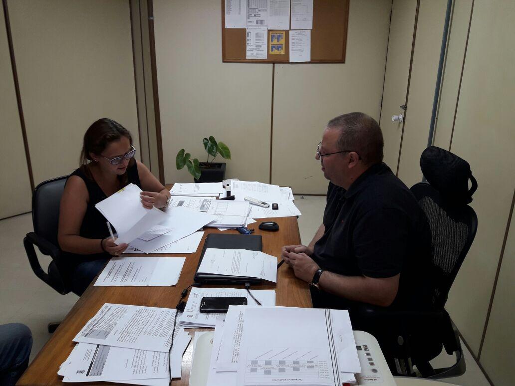 Vereadora Claudinha Jardim reúne-se com secretário Leandro Jardim