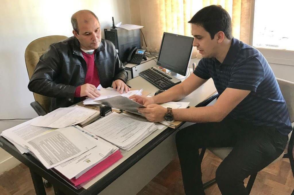 Prestação de Contas e Transparência: Vereador Dr. Renan Pereira aprova Projeto de Lei que obriga Gestoras de Saúde do município a utilizarem o ponto eletrônico
