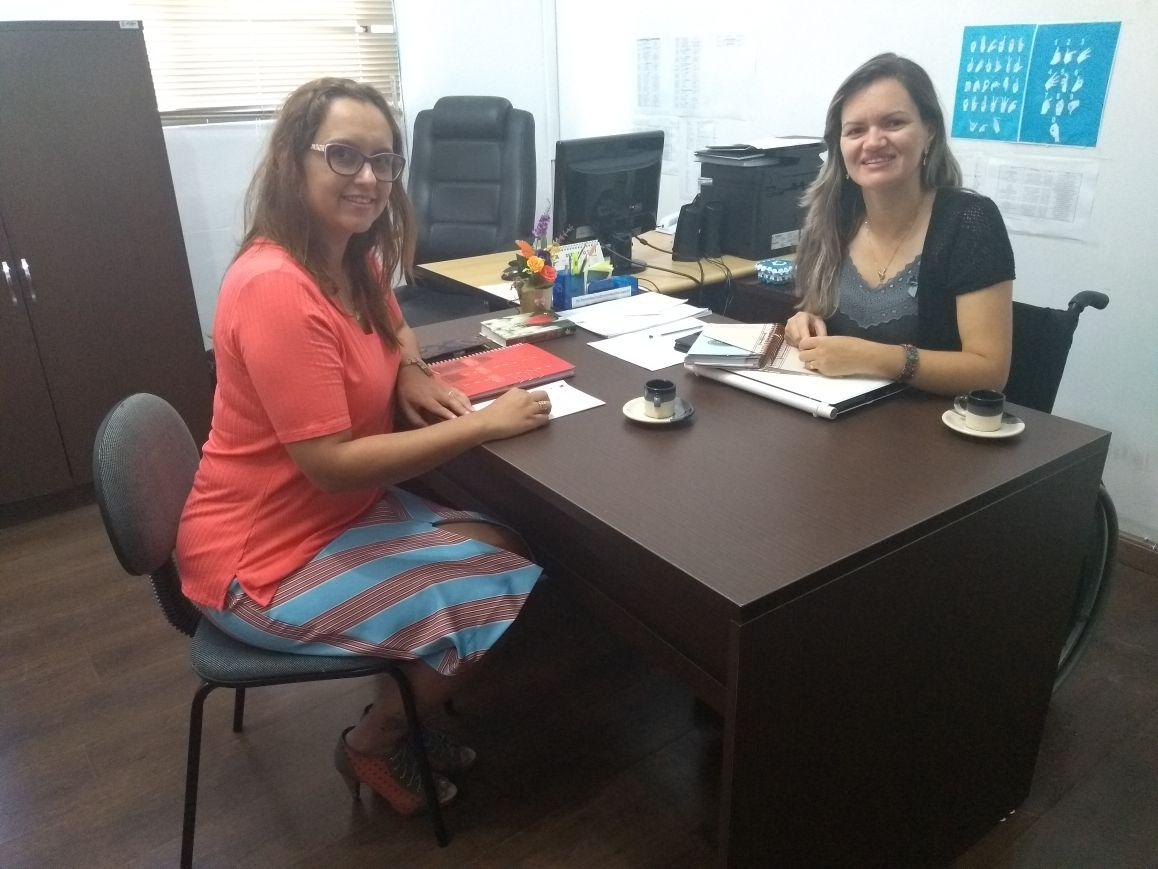 Vereadoras Claudinha Jardim e Fernanda Garcia debatem políticas públicas para apoio e proteção às mulheres