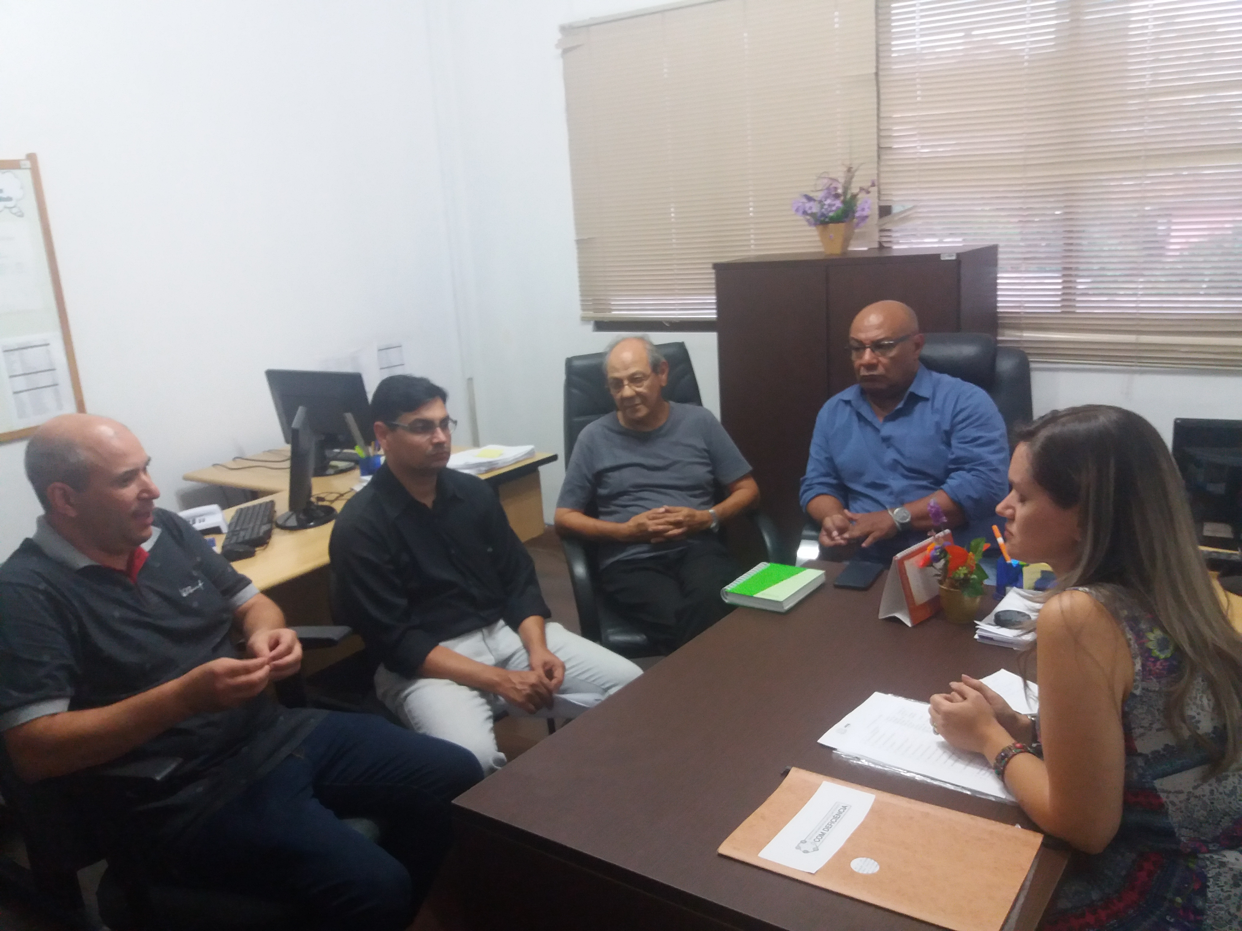Vereadores Dr. João Collares e Fernanda Garcia reúnem-se com o secretário municipal da Saúde