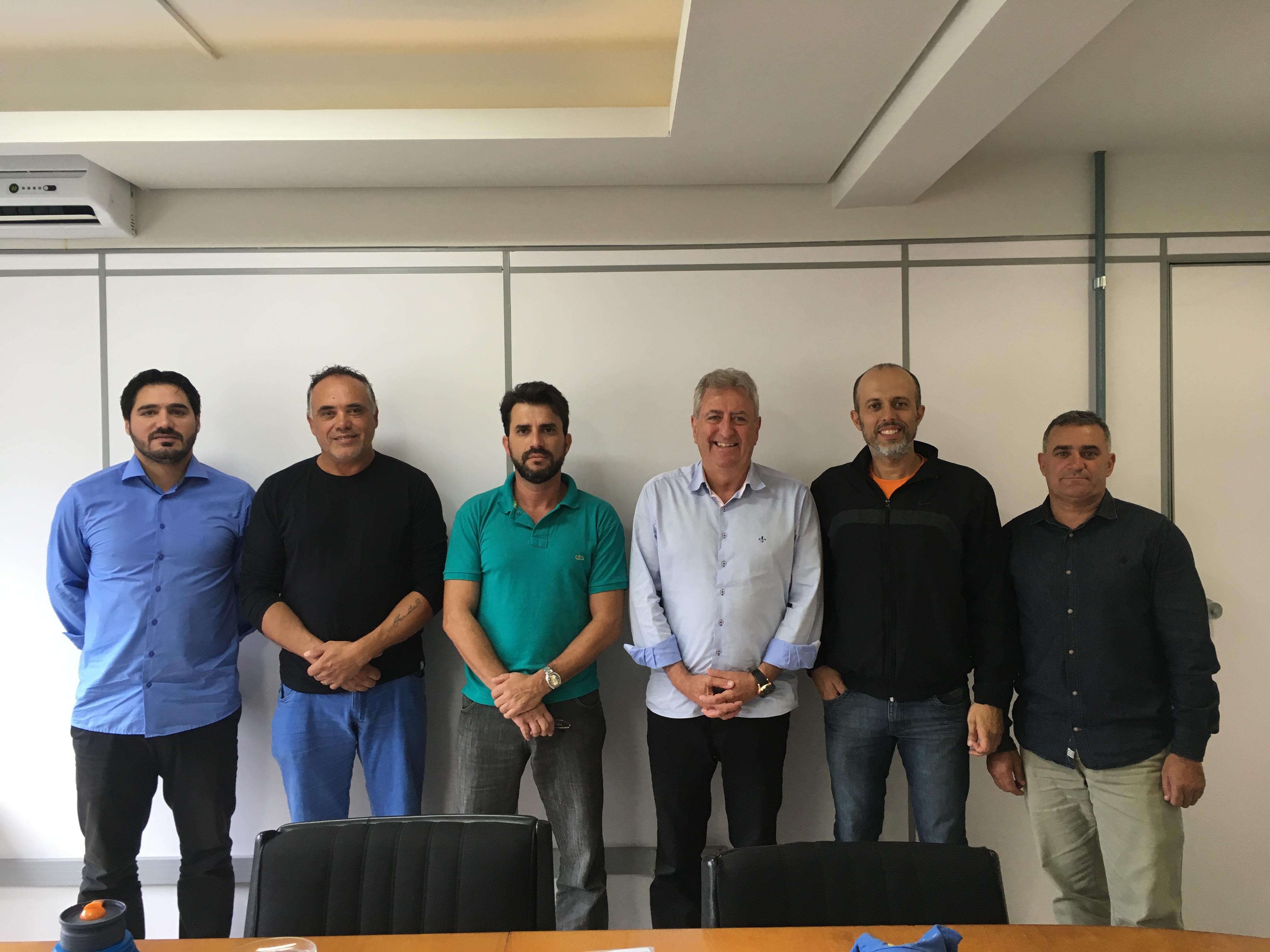 Vereador Everton da Academia retoma projeto de revitalização do campo Vila Iolanda