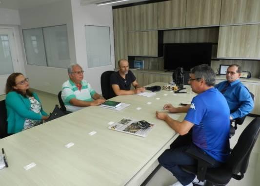 Vereadores reúnem-se no Sindiágua para discutir PPP da Corsan