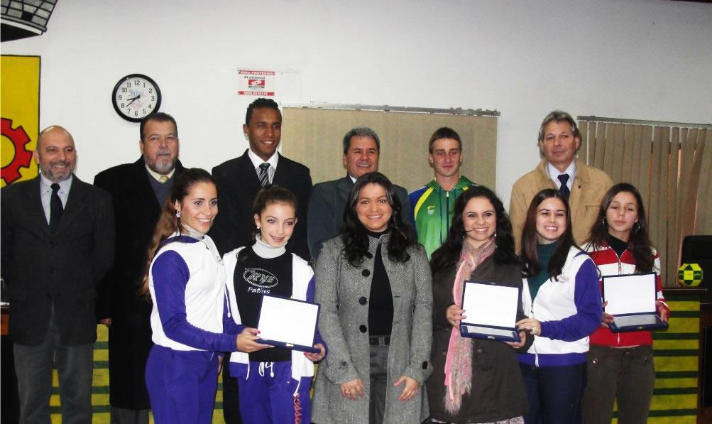 Esportistas de Guaíba são homenageados pelo Legislativo