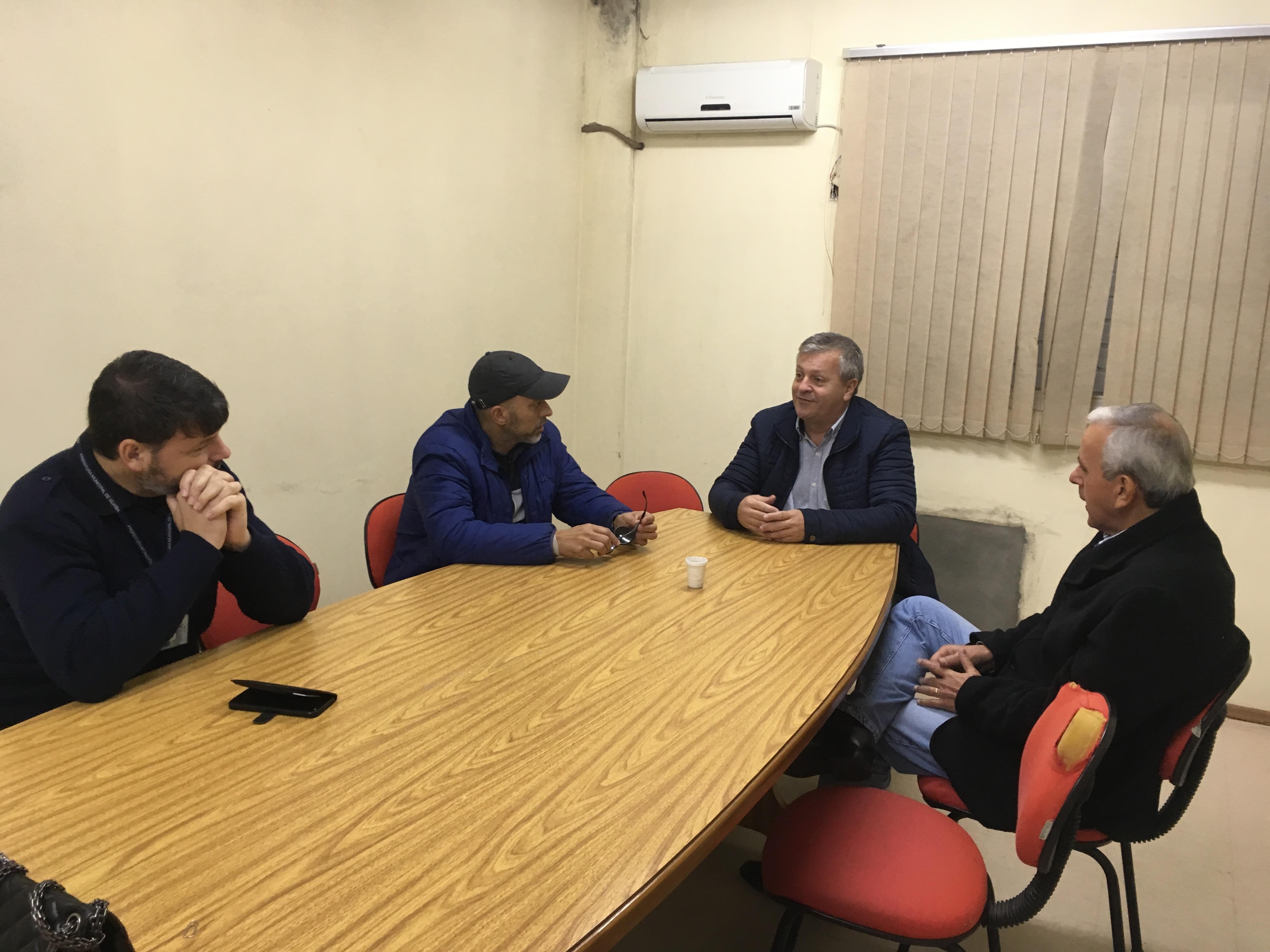 Vereador Everton da Academia reúne-se com secretário Leonardo Gardel