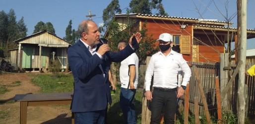 Lemos trouxe o secretário de Obras do RS José Stédile à cidade