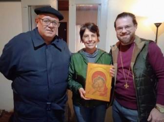 Vereadora Iara Cardoso realiza visita a religiosos