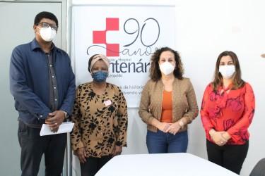 Bancada do PT avalia impactos de cortes do governo Estadual