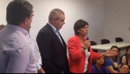 Presidente da Câmara é mediadora no impasse entre escolas infantis e Prefeitura