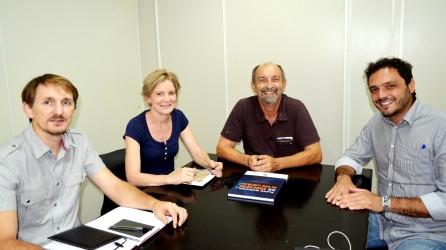 Marcelo Buz apresenta projetos para a educação