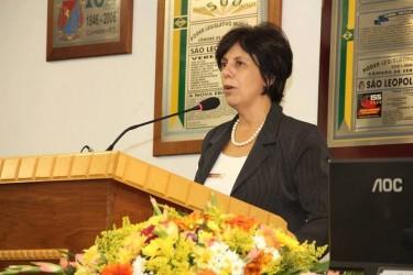 Iara Cardoso acompanha lançamento de programa de limpeza