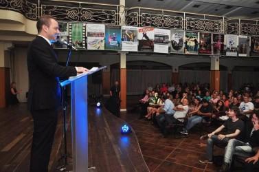Arthur Schmidt apresenta projeto de lei que inclui São Léo em Cine no calendário municipal
