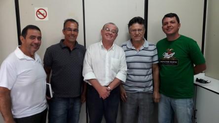 Júlio Galperim recebe representantes da ATEL