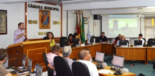 """1º projeto do vereador Arthur Schmidt, """"SÃO LÉO EM CINE"""", é aprovado por unanimidade na Câmara"""