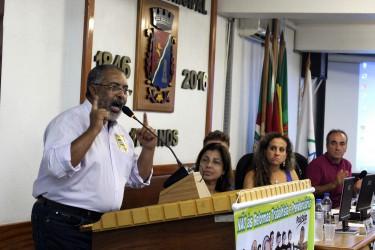 Senador Paim alerta para os riscos da reforma da previdência na vida dos brasileiros, prejudicando principalmente as mulheres