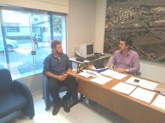 DUDU MORAES PARTICIPA DE DISCUSSÃO SOBRE CONSTRUÇÃO DE MORADIAS POPULARES
