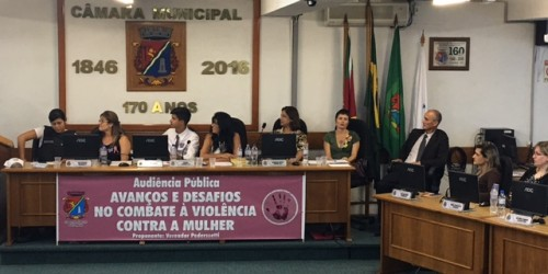 Violência contra a mulher é debatida
