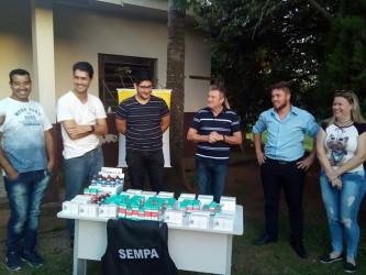 """Dudu Moraes participa da entrega de medicamentos adquiridos na """"Animal Fest Car"""""""