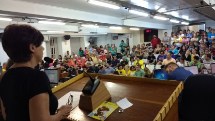 Iara Cardoso quer solução para educação infantil