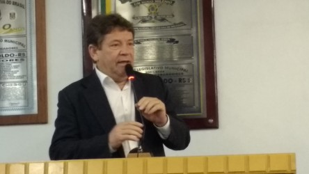Ary Moura preocupado com as ocupações e segurança no município